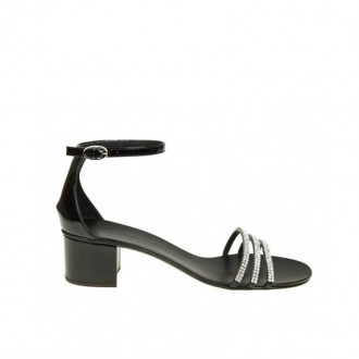 MARTHA SANDAL IN BLACK PAINT