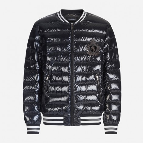 Padded jacket with patch