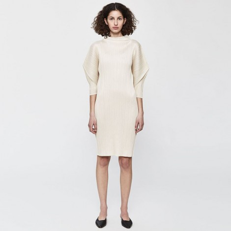 Stilted form dress