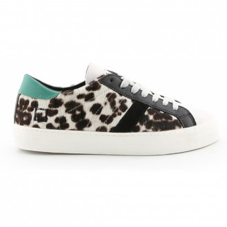 Hillow Sneakers