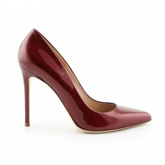 Decollete In Burgundy Patent Leather