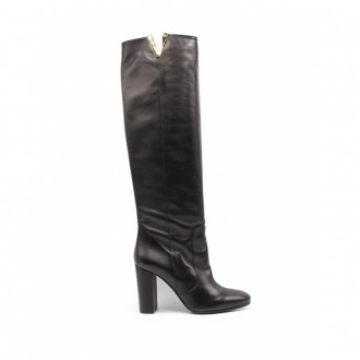 Knee Boot In Black Leather With Heel