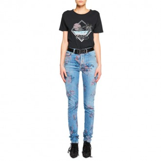 Young Romance Graphic T-Shirt