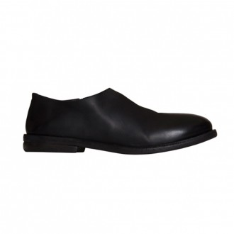 Listolo Slip-on In Black