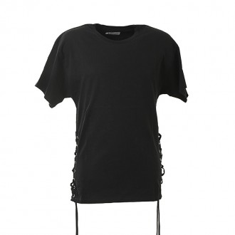 BLACK T-SHIRT WITH TIE DETAIL