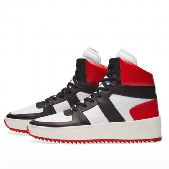 BASKETBALL SNEAKER WHITE, BLACK & RED
