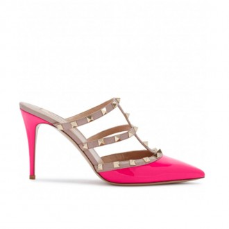 Rockstud 90 pink patent leather mules (