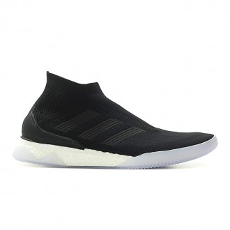 FOOTBALL PREDATOR TANGO 18+ TR BOOST (BLACK / WHITE)