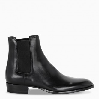 Black Pointed Chelsea Boot