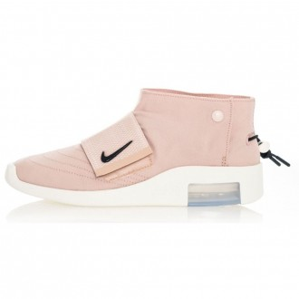 NIKE AIR / FEAR OF GOD MOC UNISEX SNEAKERS