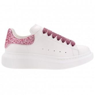 Oversized Sneaker With Glitter