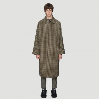 Oles Check Coat in Brown