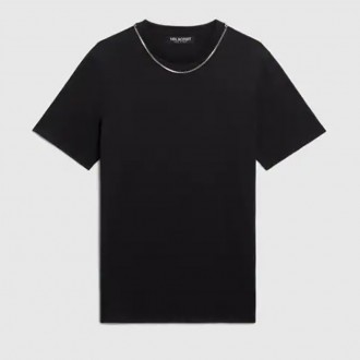 Travel Jersey T-Shirt With Necklace