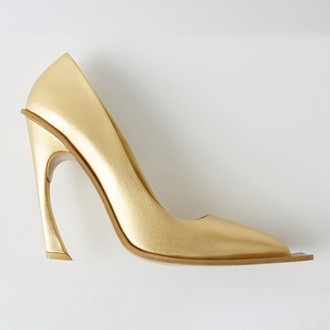 Pointed Toe Pumps Gold